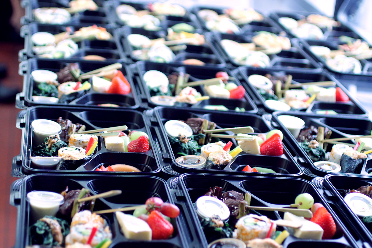 Sushi box lunch