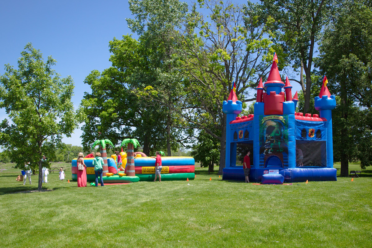 Bounce house for children's entertainment